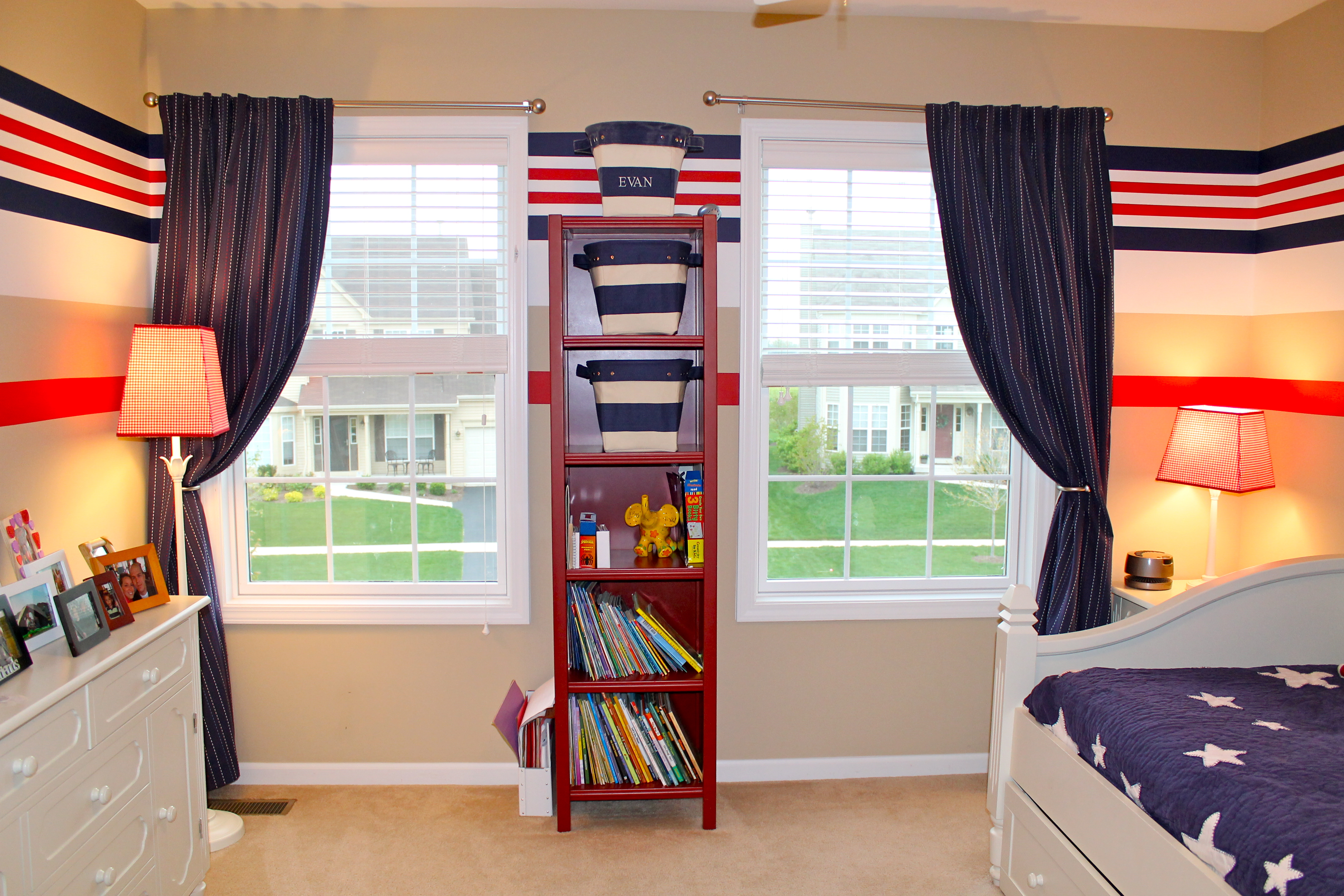 Marvelous Bedroom Wall Organizer ... Simple Yet Helpful Tips And Ideas Of  Bedroom Closet